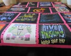tshirt concert quilt 300