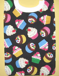 cupcake bib