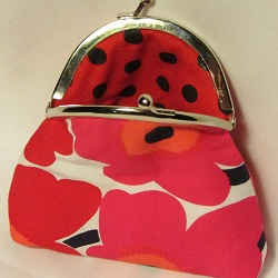 kiss lock red unikko 250