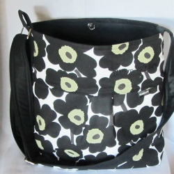 black mini Unikko bag