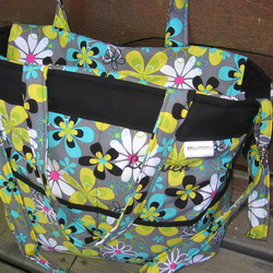 new bag far out floral black 250