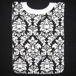 bib new damask black 250