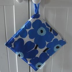 potholder blue 250