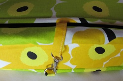 messenger yellow unikko bottom